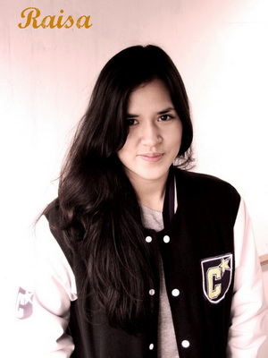 Raisa on Raisa    Hendryjeeps